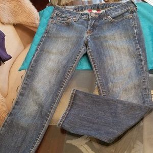 Lucky Brand  Crop Jeans Dungarees Size 26/2  USA